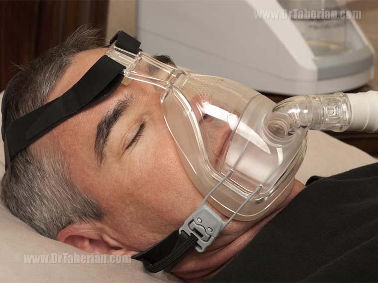 دستگاه CPAP برای بهبود عملکرد تنفسی در خواب